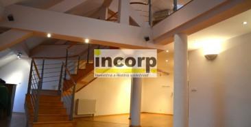 incorp-photo-39524162.jpg