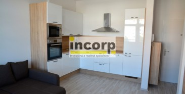 incorp-photo-38079093.jpg