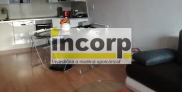 incorp-photo-42198600.jpeg