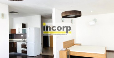 incorp-photo-43265804.jpeg