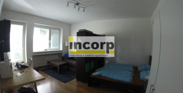 incorp-photo-43273096.jpg