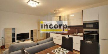 incorp-photo-43698065.jpg