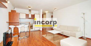incorp-photo-43725356.jpeg